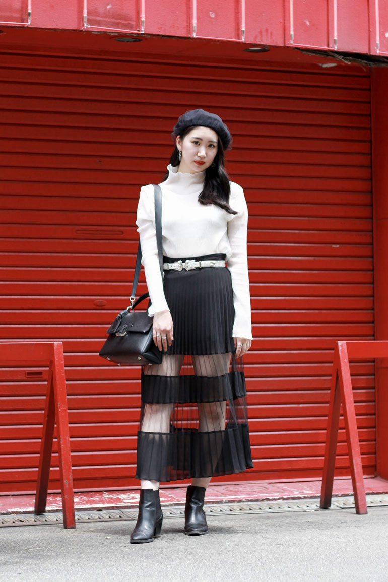 Top 12 Street Style Outfits Straight From Tokyo [July 2020 Edition]