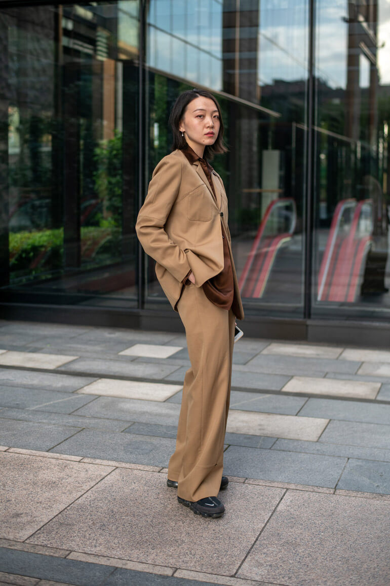 Top 15 Street Style Outfits From Shanghai Fashion Week Spring 2021