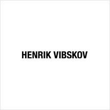 https://media.thecoolhour.com/wp-content/uploads/2020/10/27152648/henrik_vibskov.jpg
