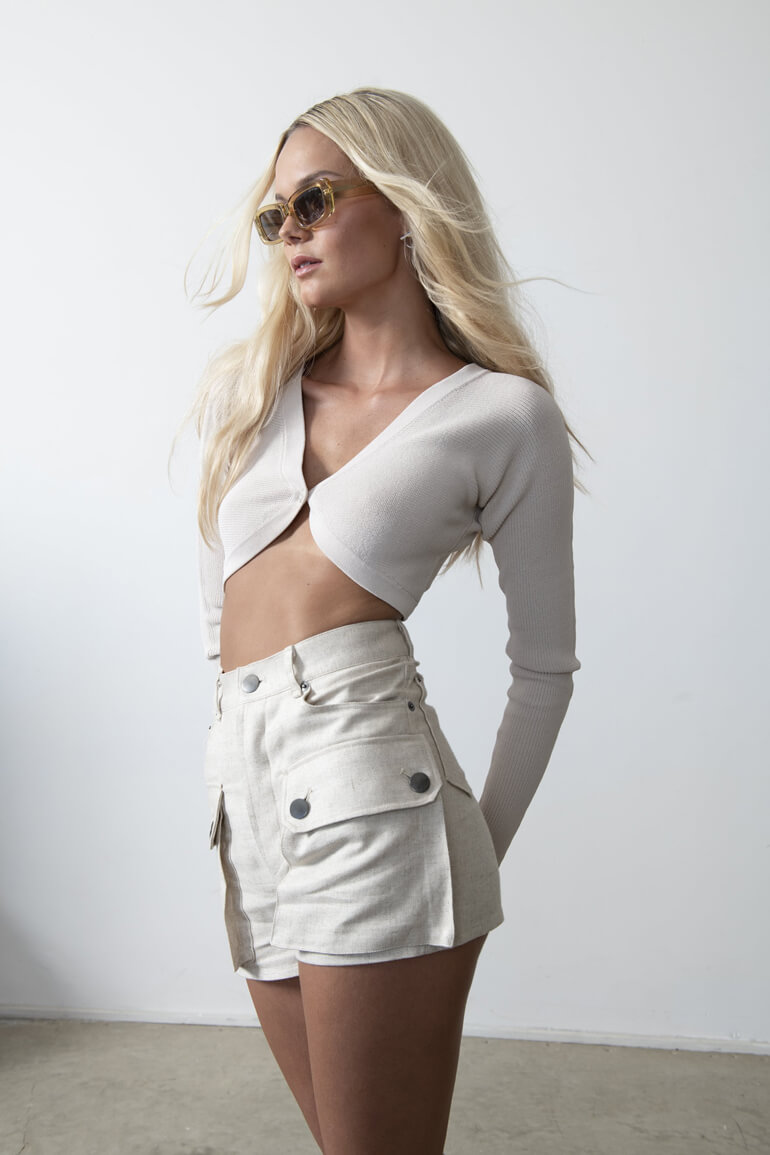Bring a Sense of Modern Cool To Your Wardrobe With Aya Muse
