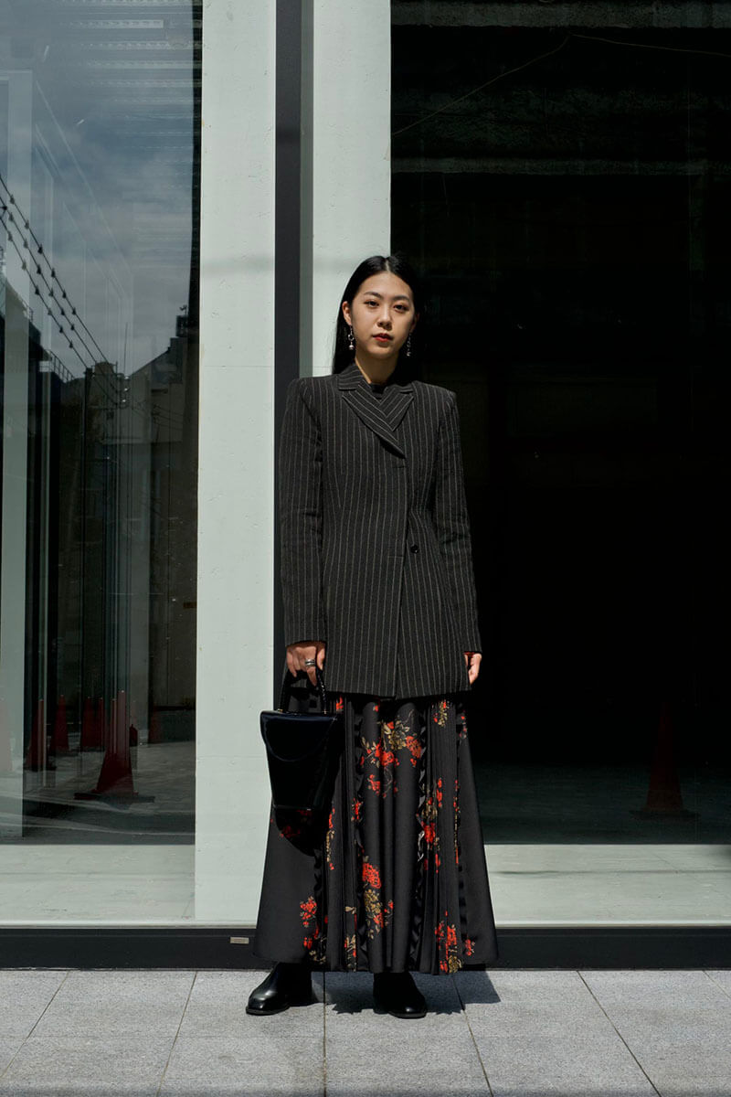 Top 12 Street Style Tokyo Outfits To Get You Inspired [May 2021 Edition]