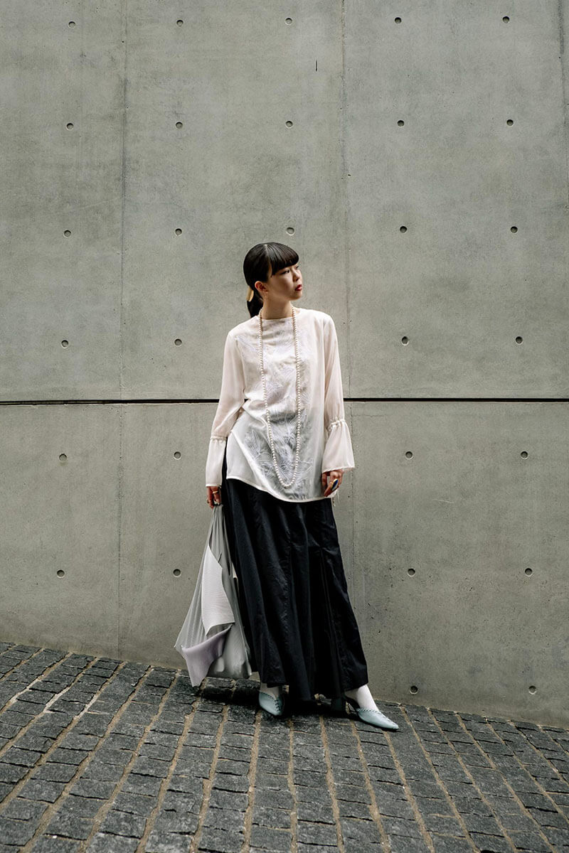 Top 12 Street Style Tokyo Outfits To Get You Inspired [June 2021 Edition]
