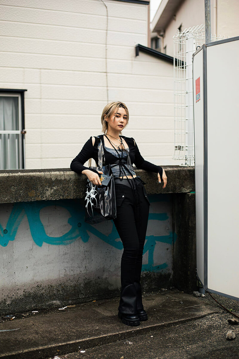 Top 12 Street Style Tokyo Outfits To Get You Inspired [August 2021 Edition]