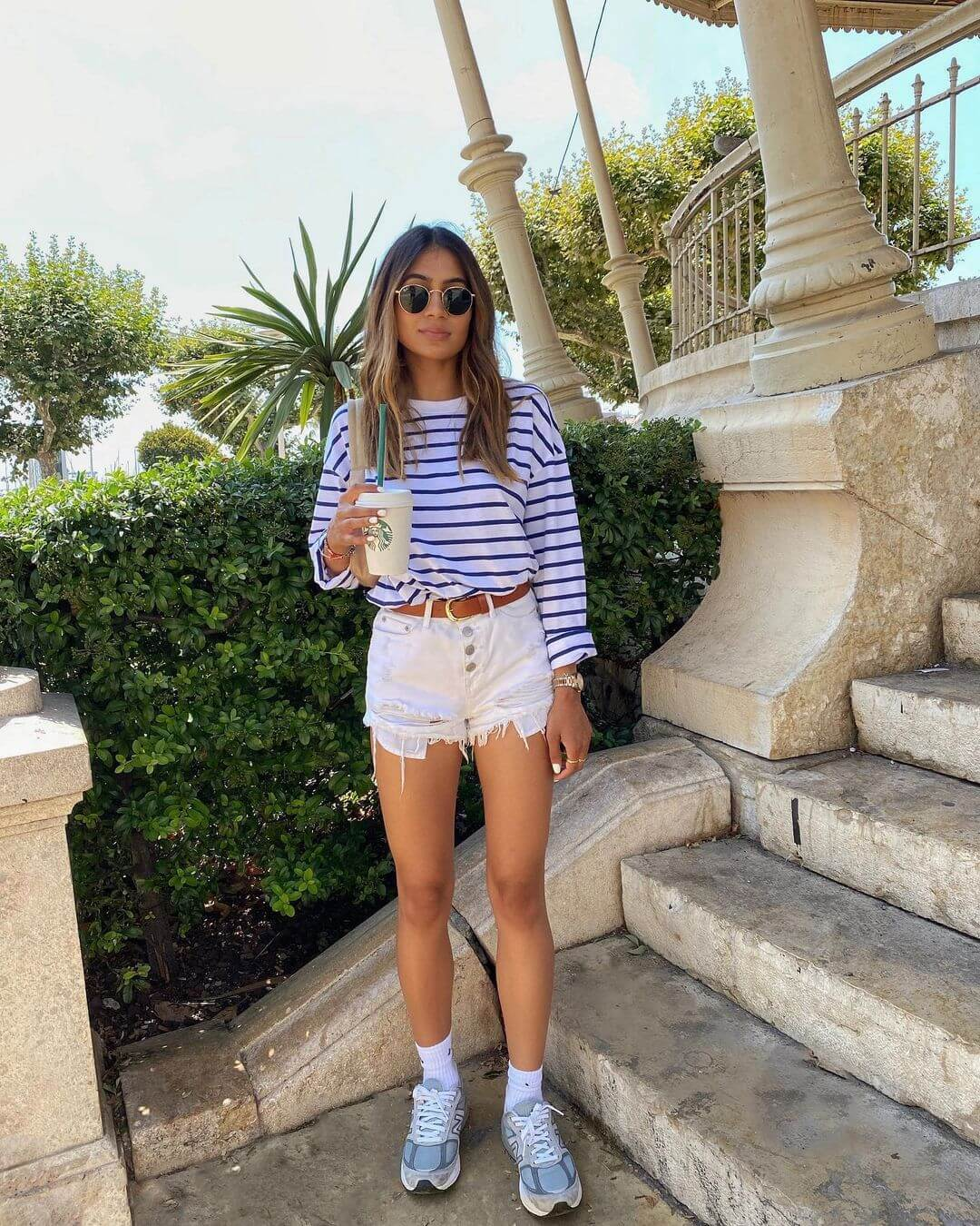 An Easy, Stylish Weekend Outfit To Try Right Now