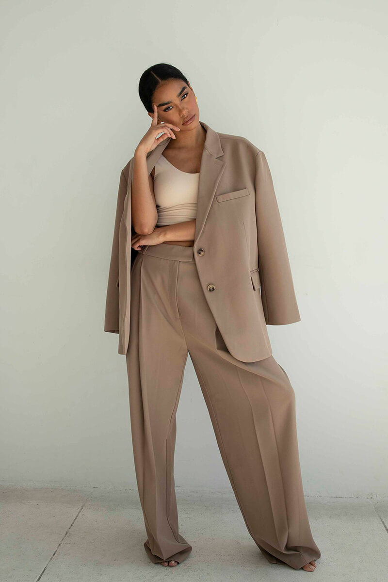 Effortless, Cool-Girl Style At Its Best From RE ONA