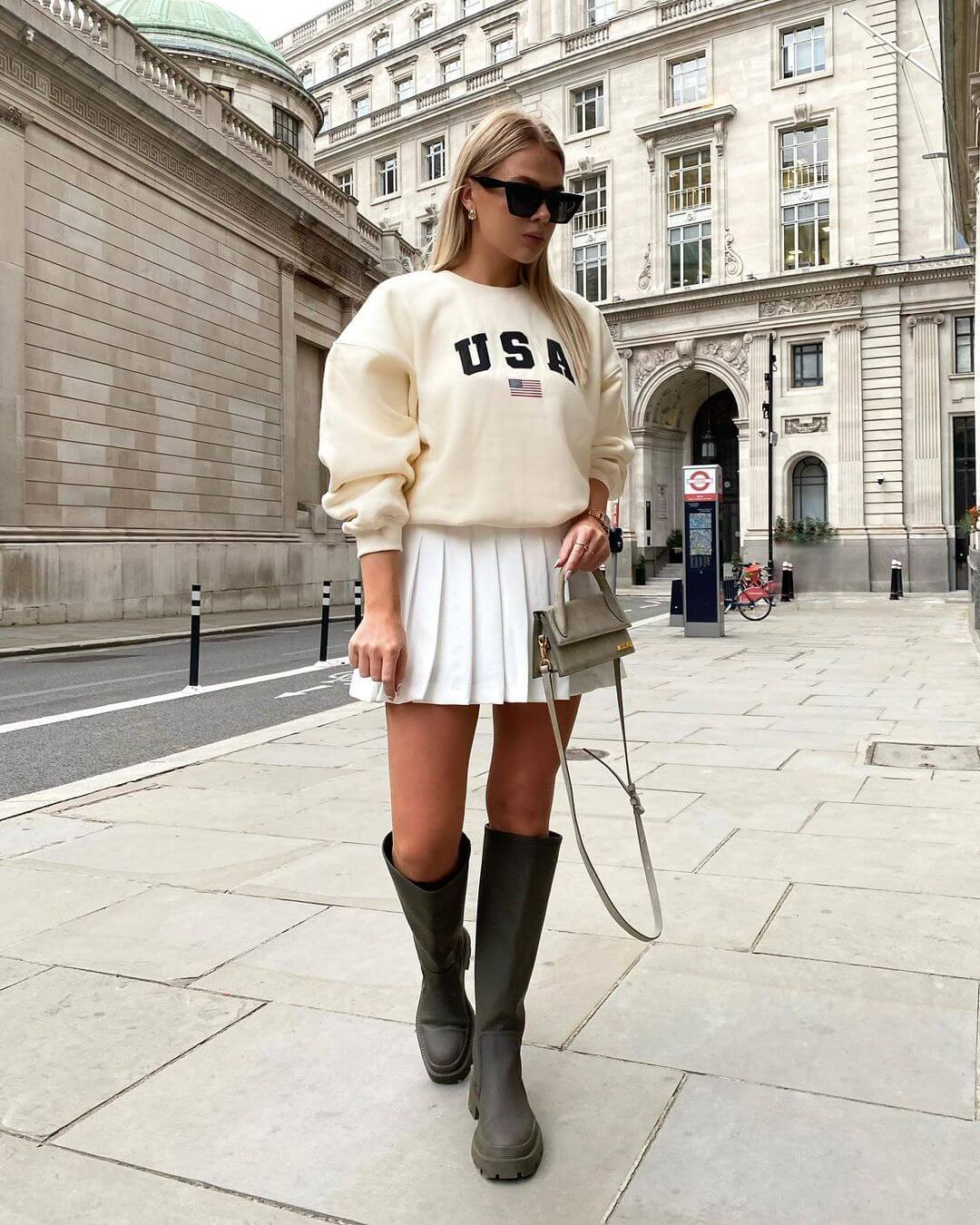 This Unexpected Style Combination Actually Looks Chic