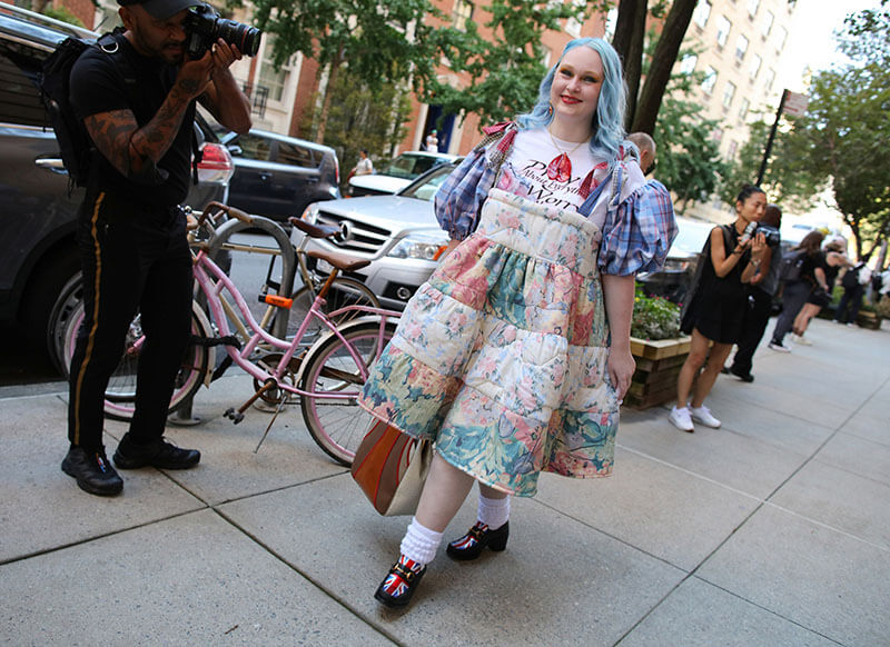 Top 25 Street Style Outfits From New York Fashion Week Spring 2022