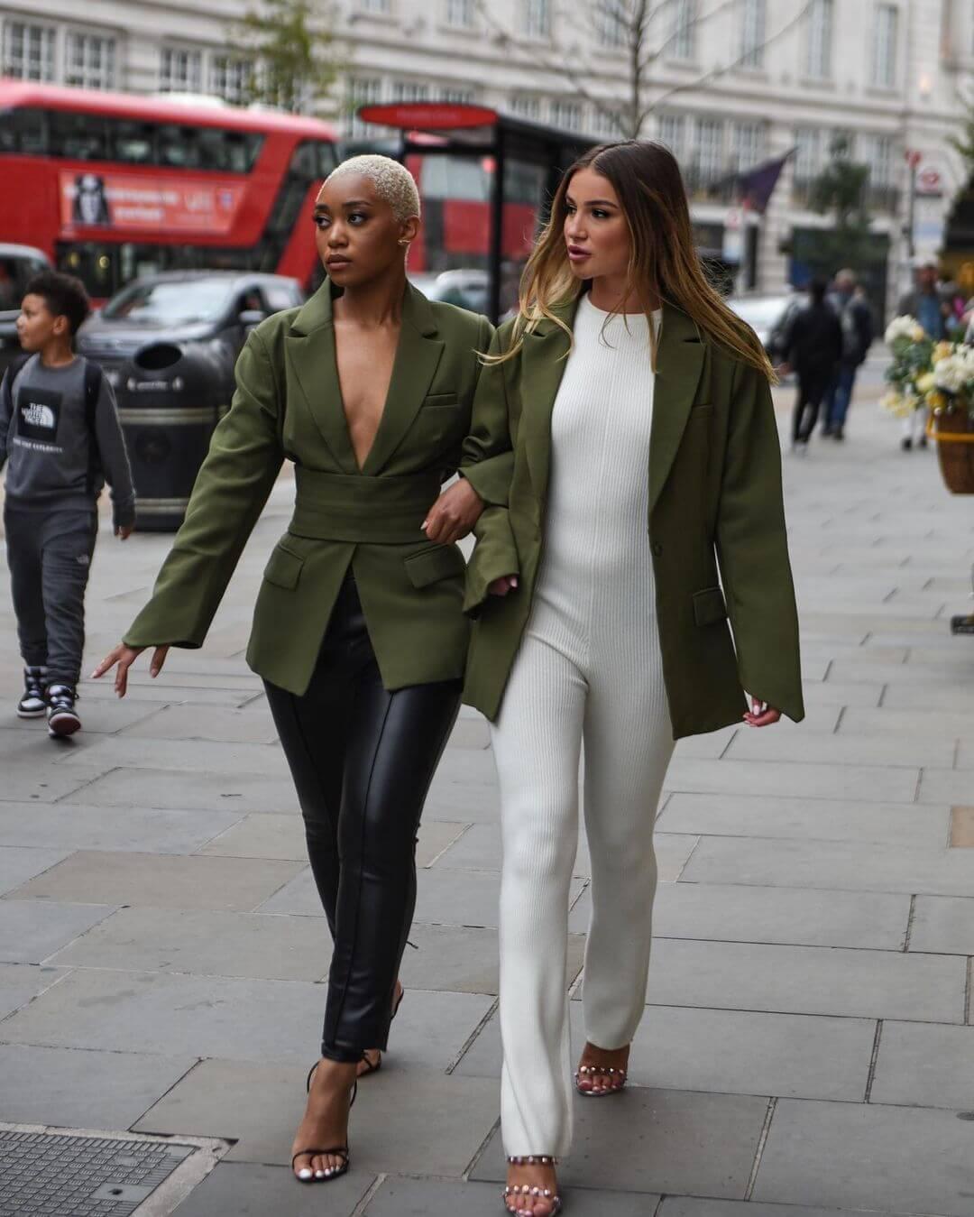 Two Chic Ways To Style A Blazer This Season