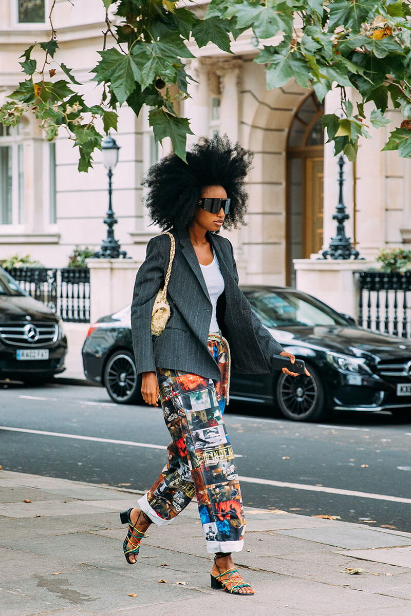 Top 25 Street Style Outfits From London Fashion Week Spring 2022